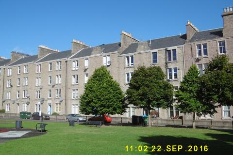 2 bedroom flat to rent - Milnbank Road, , Dundee, DD1 5PY