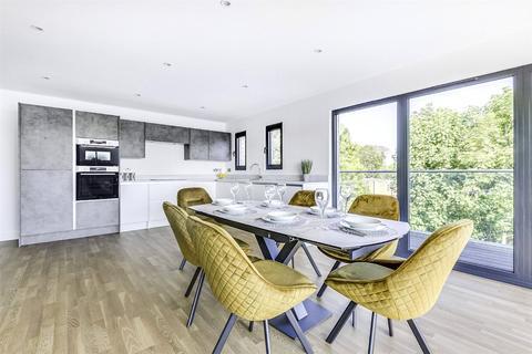3 bedroom penthouse for sale - Stanhope Road, Highgate, London, N6