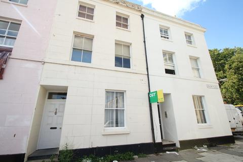 1 bedroom flat - Priory Place, Gloucester,