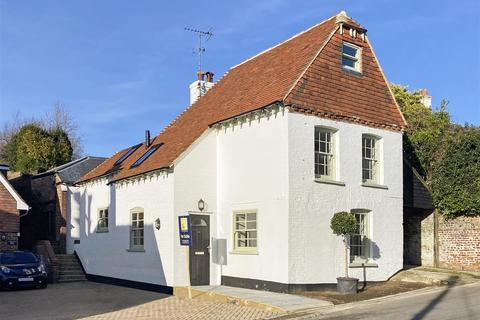 3 bedroom detached house for sale - Maltravers Street, Arundel