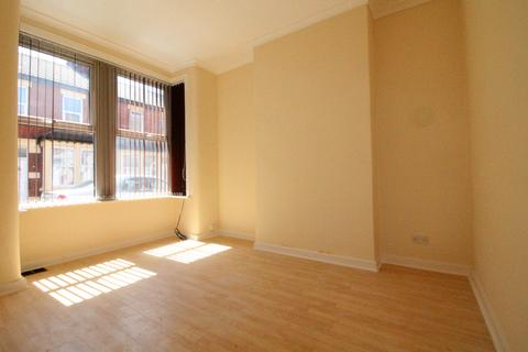 2 bedroom terraced house to rent - Gladstone Street, Blackpool, Lancashire, FY4