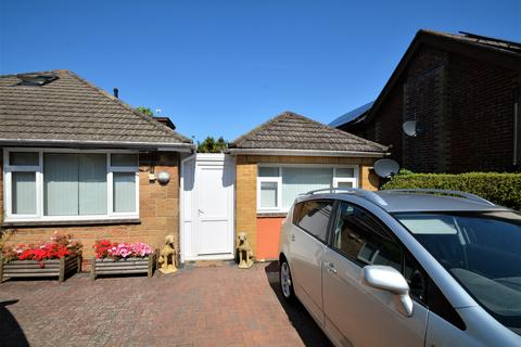 1 bedroom property to rent - Wilton Road, Shanklin PO37