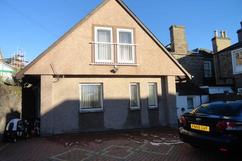 3 bedroom semi-detached house - 12 Westfield Place, ,