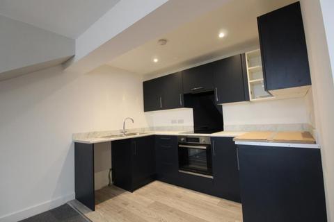 1 bedroom flat to rent - Kirkgate, Shipley, BD18 3EL
