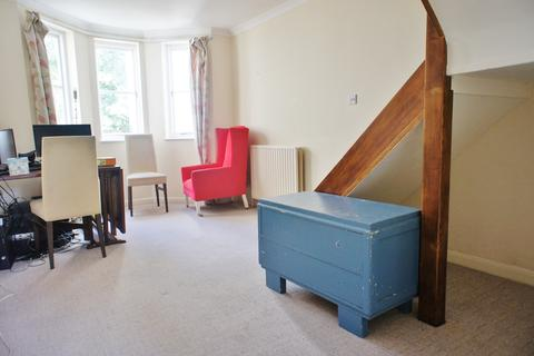 1 bedroom property to rent - Abbey Lodge, Gresham Road, Staines, TW18 2AE
