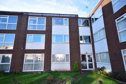 2 bedroom apartment - St Leonards Court, Fleet Street, Lytham St Annes, FY8