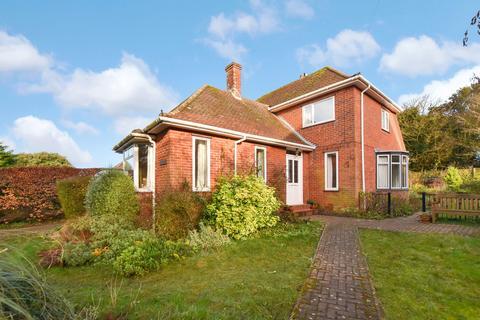 3 bedroom detached house to rent - The Warren, Cromer