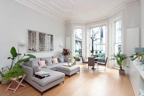 1 bedroom apartment - Holland Park, W8