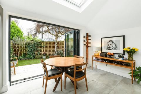 3 bedroom house - Magnolia Road, Chiswick, W4