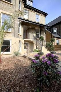 2 bedroom apartment - Chatsworth Road, Parklane,  East Croydon, CR0
