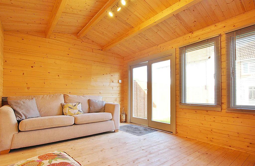 Summer house interior.jpg