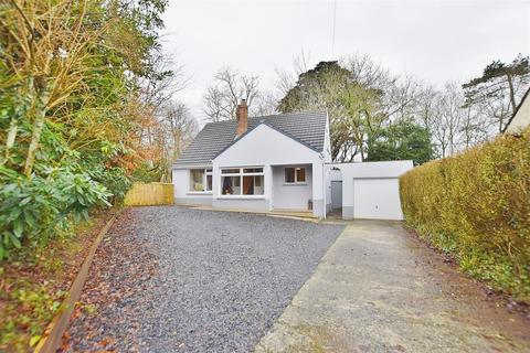 4 bedroom detached bungalow - Merlins Avenue, Haverfordwest