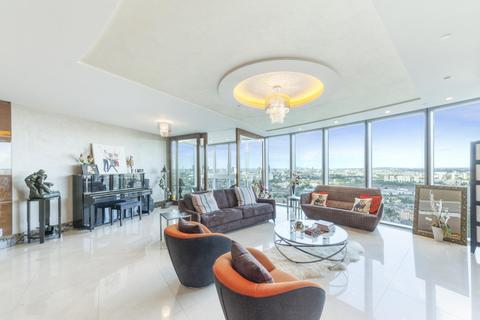 3 bedroom flat to rent - The Tower, St George Wharf, London, SW8