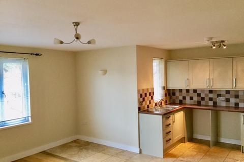 1 bedroom apartment - Totnes Road, Paignton TQ4