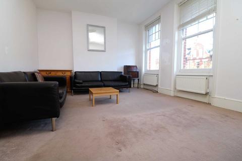 3 bedroom maisonette to rent - Hillfield Avenue