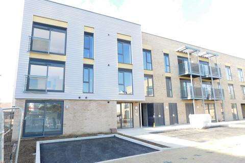1 bedroom apartment to rent - Allwoods Place, Hitchin