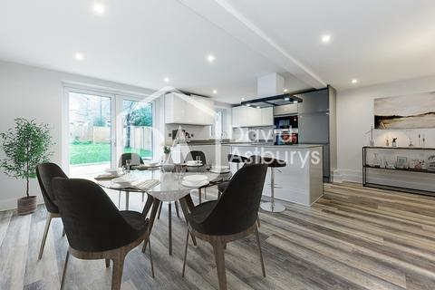 3 bedroom apartment for sale - Ferme Park Road, Crouch End N8