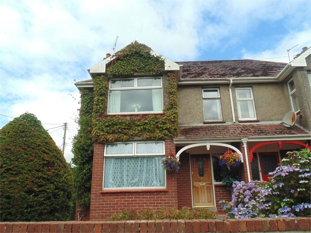4 Bedrooms Semi Detached House for sale in 4 Crowhill, HAVERFORDWEST, Pembrokeshire