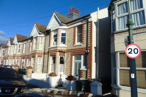 3 bedroom flat - St Leonards Avenue, Hove,