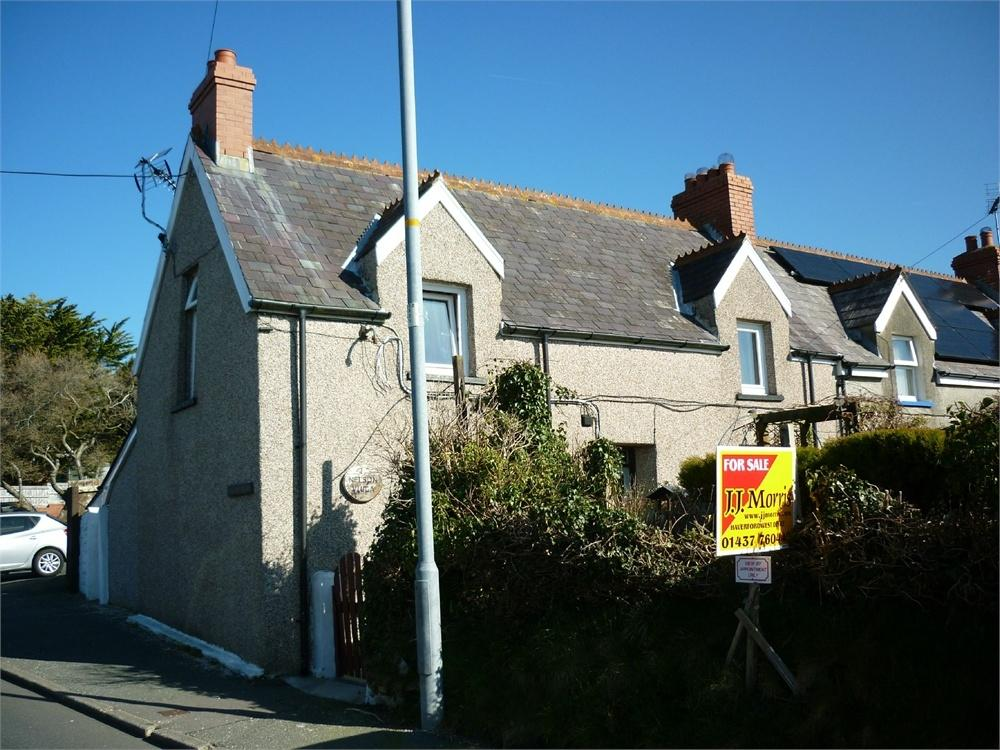 2 Bedrooms Semi Detached House for sale in 1 Nelson Villa, Snowdrop Lane, Haverfordwest, Pembrokeshire