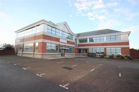 Office to rent - St Swithins Court, Lincoln, Lincolnshire