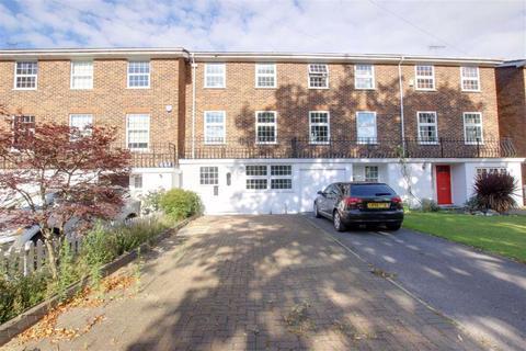 4 bedroom terraced house to rent - York Road, New Barnet, Hertfordshire