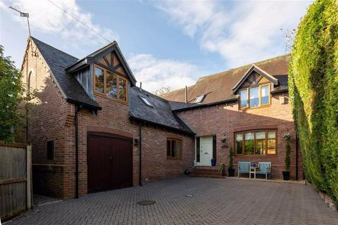 4 bedroom detached house - St. Annes Lane, Nantwich, Cheshire