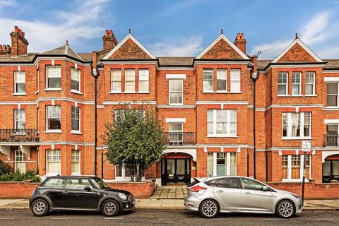 2 bedroom flat for sale - Cecil Mansions, Marius Road, Balham