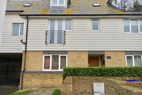 2 bedroom apartment - Percy Avenue, Broadstairs