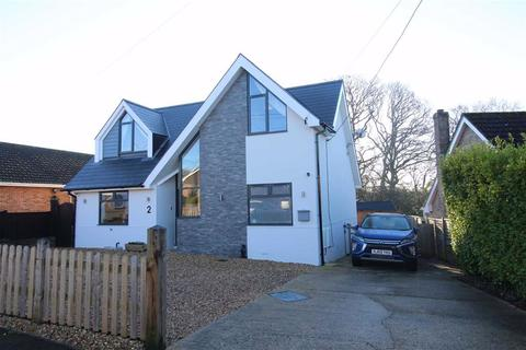 3 bedroom detached house for sale - New Milton, Hampshire