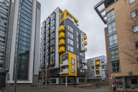 2 bedroom apartment - Smithfield Square, 122 High Street, Manchester
