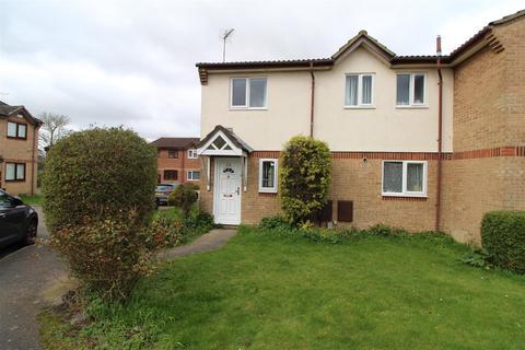 3 bedroom semi-detached house to rent - Hammersmith Close, Houghton Regis, Dunstable