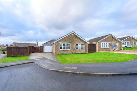 3 bedroom detached bungalow for sale - Chichester Close, Grantham