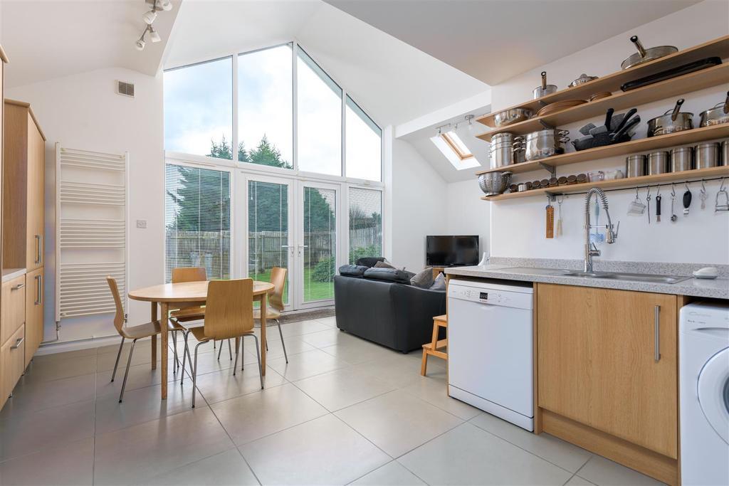 Living family kitchen