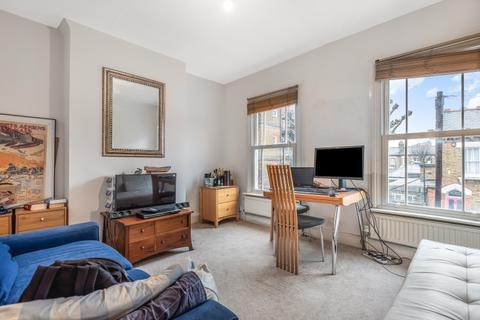 1 bedroom flat - Ashbury Road Battersea SW11
