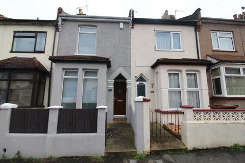 3 bedroom terraced house for sale - Chaucer Road,  Gillingham, ME7
