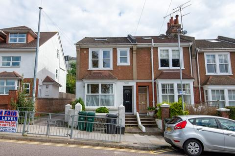 6 bedroom terraced house to rent - Balfour Road, Brighton BN1