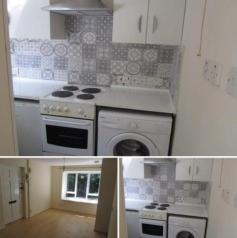 Studio for sale - Hadleigh Walk, Beckton, London E6