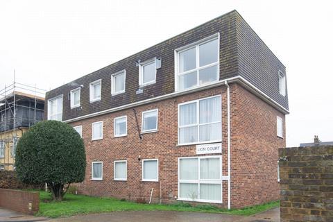 2 bedroom apartment - London Road, Deal, CT14