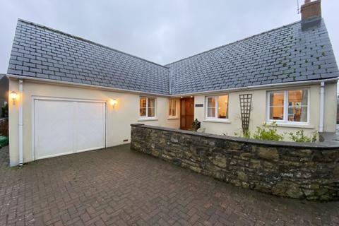 3 bedroom detached bungalow - The Gables, Methodist Lane, Llantwit Major, CF31 1RH