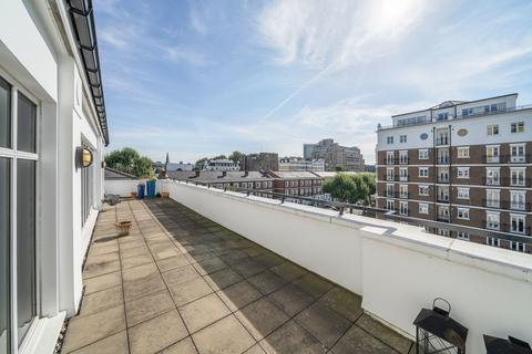 3 bedroom apartment to rent - Maple Lodge, Marloes Road, Kensington Green