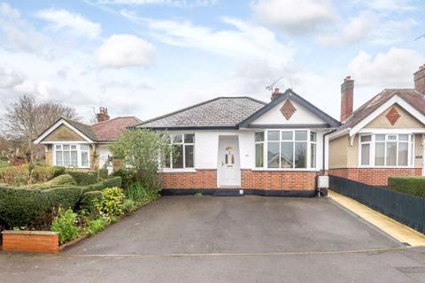 2 bedroom detached bungalow for sale - Marina Road, Salisbury