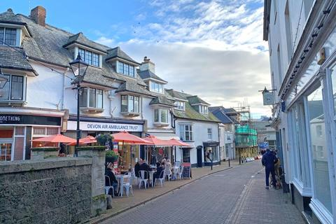 3 bedroom apartment for sale - Church Street, Sidmouth