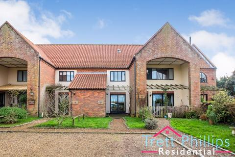 3 bedroom barn conversion for sale - Wayford Road, Stalham