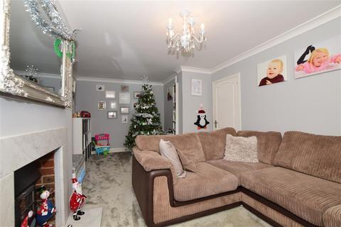 4 bedroom semi-detached house for sale - Phelps Close, West Kingsdown, Sevenoaks, Kent