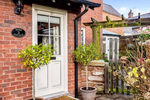 2 bedroom semi-detached house for sale - Central Tarporley - Cheshire Lamont Property Ref 3243