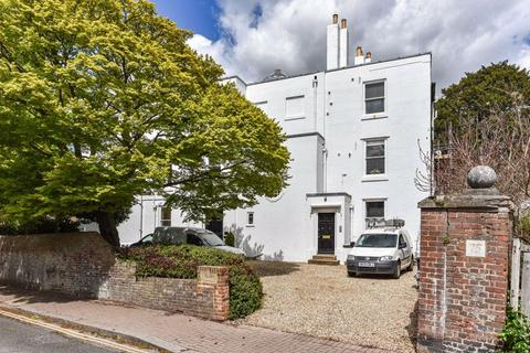 4 bedroom apartment for sale - High Street, Hurstpierpoint