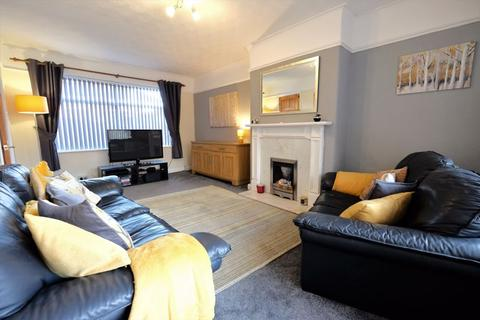 3 bedroom semi-detached house for sale - Newlands Drive, Swinton, Manchester