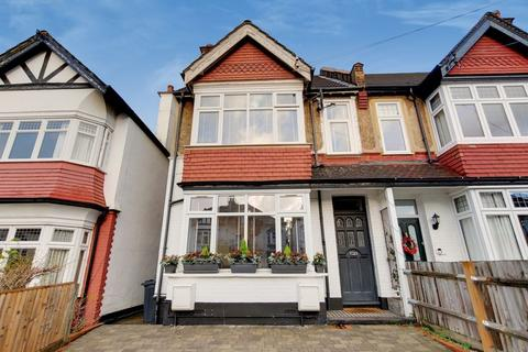 2 bedroom apartment - Purley Oaks Road, South Croydon