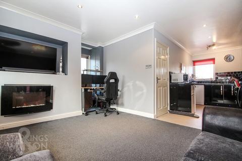 1 bedroom maisonette for sale - Yew Tree Road, Attleborough